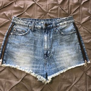 🔥BDG Super High Waisted Cheeky Denim Shorts